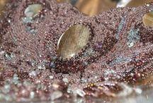 Jewelry by Lajoure.com / Handmade Jewelry. Beads and semi-precious stones.