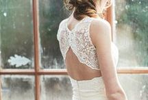 Stylish weddings / Wedding stationery, dresses and other possibilities for bridal fashion