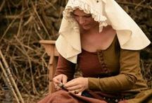 Women's medieval costumes