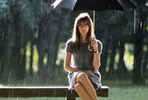 """☂Lluvia, mucha lluvia.☂☂ / """"Amo caminar bajo la Lluvia porque nadie nota que estoy llorando"""""""