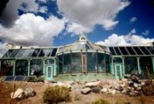Earthships / Architecture and Nature