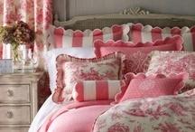 Bed-dazzled / by Christine Ulbrich