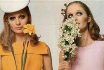 Sixties Mode / Alle stijlen uit de jaren zestig op een rijtje. Weet je meteen waar MamaLiefs haar inspiratie vandaan haalt voor de kinderjurkjes!