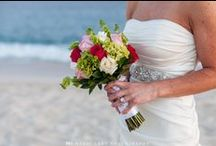 Bridal Bouquet / Stunning bridal bouquets will brighten up your wedding day, we show you some wedding inspiration for your perfect bridal bouquet. | Destination wedding photographer | Mexico wedding photographer | Moshi Moshi Photography