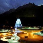 Aqua Dome Therme / Meseszép hegyek között, különös tölcsérekben fürdőzhetünk Tirolban
