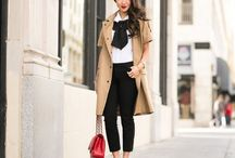 Petite Fashion Bloggers / Petite style inspiration from the fashion bloggers.