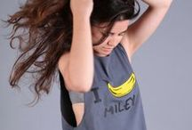 I BANANA Collection - T-shirts / Who said the I Love was sincere? We say goodbye to dull and boring love and we welcome our collection I BANANA.  (You don't love Travolta, you'd like to sleep with him... or not?!)