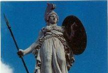 Sculpture / Statues et statuettes.  / by Portail Blog