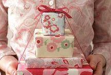 Gift Ideas / by Elizabeth Hoogendoorn