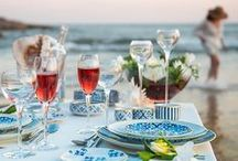 "Summer Tables – Fresh Sophistication | Vista Alegre Atlantis / Summer brought us intense heat and remarkable afternoons by the sea. And to celebrate that, there is nothing more beautiful than one of the latest dinner sets by Vista Alegre: The ""Transatlântica"", for a dinner for two, is magical, illuminated by the sunset and gifted with seawater.  Collections: Transatlântica, Light, Cooler and Domo."