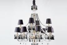 Chandelliers | Vista Alegre / Sublime and sparkling, crystal chandeliers are majestic pieces that ennoble any room. Luxury objects associated with noble and formal occasions, but can also adapt to contemporary and more relaxed environments. Since 1944, Atlantis has produced chandeliers of different models and sizes, offering the possibility of personalization.