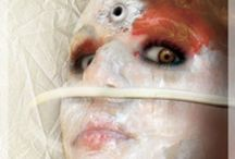 les yeux de méduses