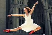 La vie est une danse san fin / Scarpette rosse