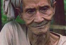 Old Age Homes | www.helpagesociety.org / Helpage India Fundraising Organizations - Non Profit Organization(NGO in India), Non-Governmental, Charity Trust India working for elderly health care, care for the elderly, taking care of elderly, preventing falls in elderly, elderly care homes.