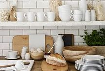Style Ideas / Styling kitchens to present our unique flair is a pleasurable and creative expression of trends both past and present. We work with many vintage kitchenware items in the showrooms themselves which adds charm and creates a less pristine, more shabby chic elegance.  This collection represents easy to copy styling that can be used in a variety of different kitchen types from country cottage to urban loft.