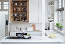 White Kitchens / White painted kitchen cabinets are a classic choice for making a kitchen appear fresh.