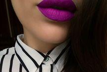Kiss my lips / Make-up