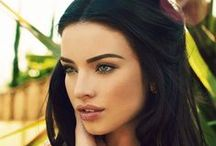 Eyebrow Shaping / Eyebrow shaping tutorials, the most beautiful eyebrows around the web.