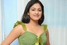 Hari-Priya-glamorous-photo-shoot newlooks / Hari-Priya-glamorous-photo-shoot newlooks