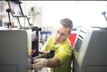 Eigen productie / Vanaf één locatie produceren wij, in tegenstelling tot veel andere online drukkers, al het bestelde drukwerk zelf.