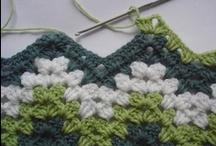 Artesanato - Crochê / Imagens de colchas, forros, pontos e estilos em crochê / by Luciane Oliveira