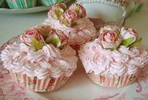 cupcakes / by Claire Herman