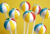 Cake Pops & Petits / by Pin K.