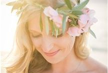 Floral Crowns & Hair Flowers Inspiration