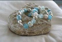 Homemade jewels / Zelfgemaakte armbanden en kettingen