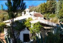 Cortijo in Canillas De Albaida / 3 Bedroom, 2 Bathroom Cortijo for sale. The price of €599,900 includes all the land of 80,000 mtrs