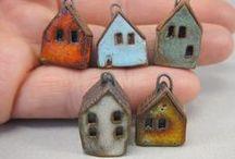 Little houses that I love / Houses, houses, houses