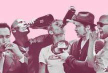 Beroemde mensen met wijn / Mensen met wijn, drankje, toffe momenten van beroemde mensen. Famous people having a glas off wine. we alle them!