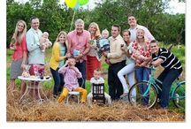 Family Reunion Fun! / Family reunion ideas and plans for a great time together! Ideas for photos of large groups (including what to wear!) and games for groups of people. Plan a great get together with these ideas!