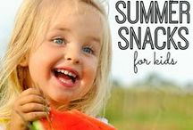 """The Best Easy Summer Fun Ideas / Get ready for some summer time fun with these ideas for kids that are sure to chase away the out-of-school boredom blues! Vacation ideas, camping, backyard fun, crafts, pool and water play, and more! Our greatest collection of simple fun summer ideas. Come here when your kids say """"I'm bored"""" and find something fun to do!"""