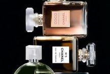 Scentsational / Find fragrance deals and perfume gift ideas here! / by Discount Bee