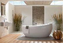Tuin & badkamer. / Tuininspiratie voor de badkamer - Simpele dagelijkse handelingen, zoals een douche nemen of in de tuin zitten, openen een deur naar een totaal nieuwe beleving van kwaliteit, design en innovatie. Zowel uw badkamer als uw tuin moeten u tot rust brengen in een exclusieve omgeving met een warme ambiance. Juist daarom zijn beide leefomgevingen zo goed te combineren.