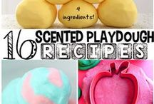 Playdough Exploration / A wide variety of playdough recipes and activities for young children