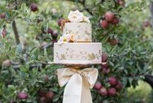Wedding Cakes and Tables