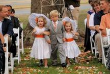 Fall Weddings / Fall in love all over again at an Autumn wedding. Here are a few ideas.