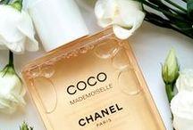 Perfume & Cosmetics / Perfume, Cosmetics, Photography