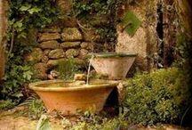 Garten und Terrasse / Schöne (DIY-) Gestaltungsideen für den Garten und Terrasse, Pflanzideen, Beleuchtung, Blumenarrangements, Kräutergarten, Beete, Stein und Holz im Garten