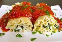 Food/Recipes / by Brooke Howard