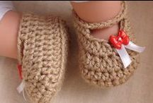 Booties / bootie - a slipper that is soft and wool (for babies)