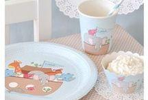 ιδέες για παιδικό πάρτι - κιβωτός του Νώε / Χάρτινα πιάτα, ποτήρια & θήκες για cupcakes με θέμα την κιβωτό του Νώε. Μία ωραία ιδέα για βάπτιση ή για τα πρώτα γενέθλια. www.sweebies.gr