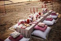 Tafeldecoratie / Ideeën om de dinertafels extra feestelijk en in stijl aan te kleden.