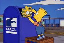 Los Simpson / Amo este programa de Fox, es para grandes pero cada capítulo que veo cada día desde las 7:00 pm a las 9:00 pm no le veo nada de grandes.