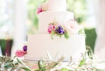 Michelle Marie's Wedding Cakes / Specialty wine country wedding cakes by Chef Michelle Marie