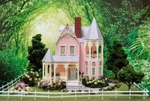 1:48 Scale Dolls Houses / Completely furnished, including lights, and landscaping.