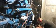 Reparación grupo electrógeno en La Línea de la Concepción / La avería que presentaba el grupo electrógeno está ubicado en La Línea de la Concepción era que se paraba por sobrecalentamiento del motor y en frío no arrancaba. Se realizaron diferentes pruebas para detectar la avería, y se detectó que la resistencia de calefacción y el respectivo termostato del grupo electrógeno no funcionaban correctamente lo que provocaba el mal funcionamiento del grupo. Se sustituyen los dos elementos antes descritos y todo el líquido del circuito refrigerante.