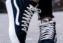 SPORTY SHOES